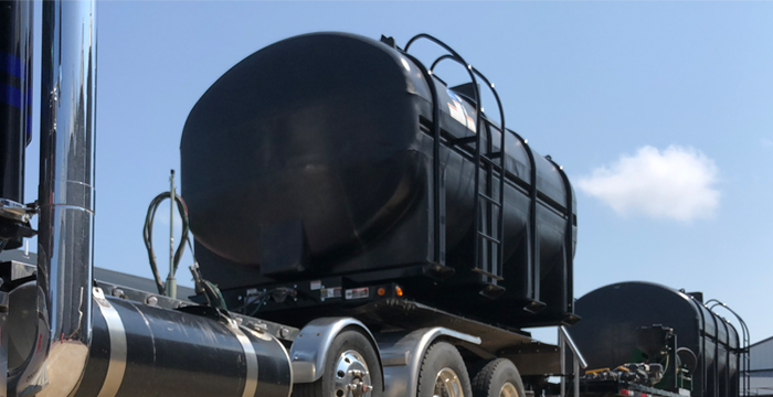 Black Tanks Liquid Tender Trailer circle-r